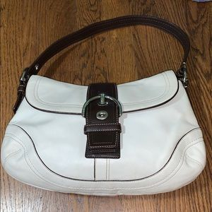 Coach soho hobo flap purse 10910